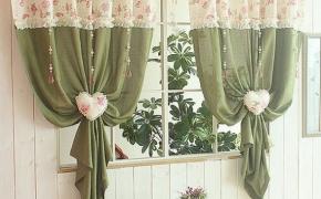 Оливковые шторы для кухни в стиле прованс