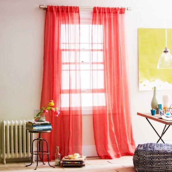 Льняные шторы в интерьере, нежно красный оттенок
