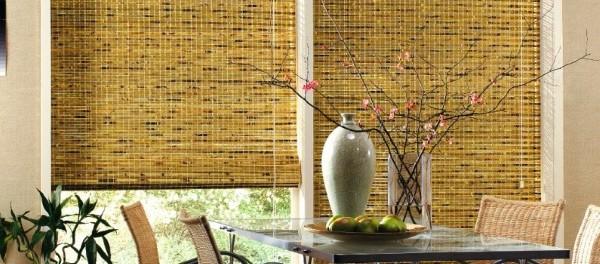 Красивые деревянные шторы в интерьере