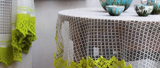 Вязаные шторы: фото в интерьере, схемы для вязания крючком