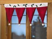 Маленькие новогодние шторы
