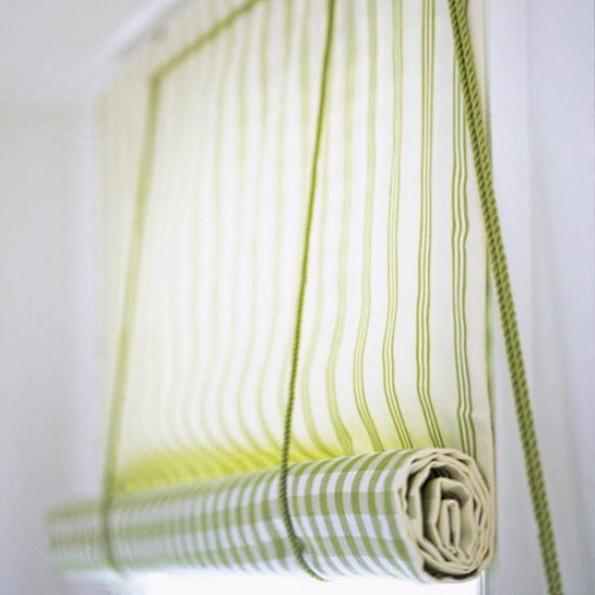 Рулонные шторы на пластиковые окно своими руками